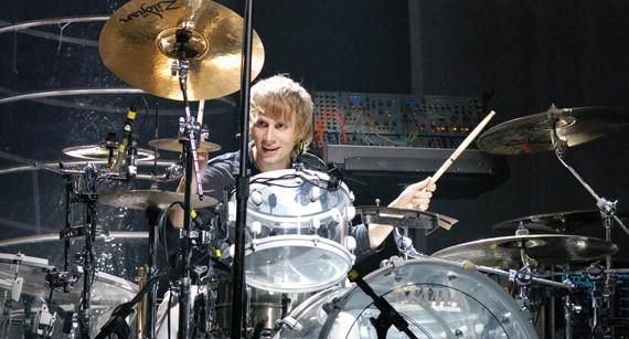 Dominic Howard, baterista de Muse lidera las votaciones (por ahora)