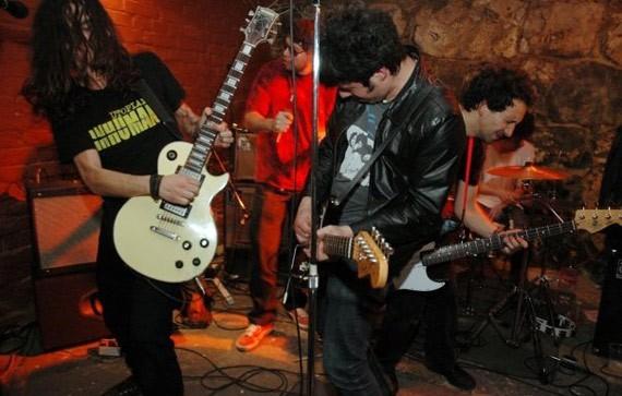 The Ganjas en vivo