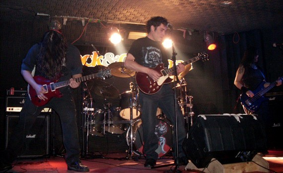 Warpath en vivo en Rock & Guitarras