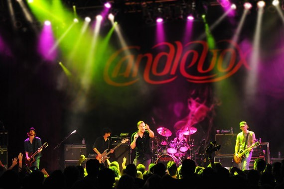 Candlebox n' vivo
