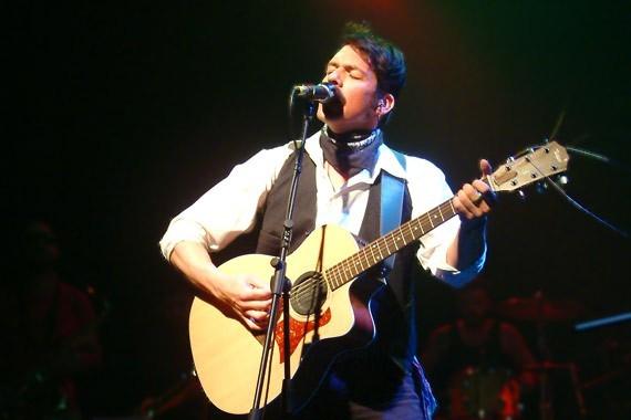 Silvestre presentó su 'n vivo su tercer álbum