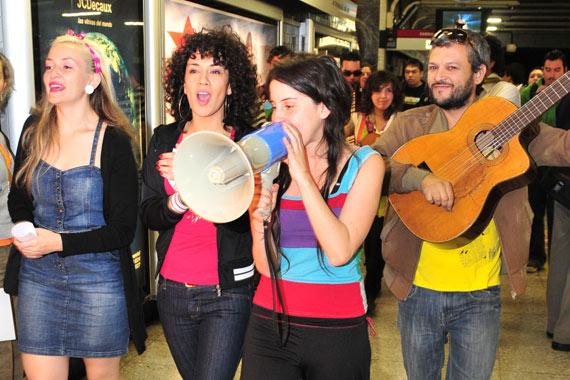 Artistas anunciaron en el Metro la celebración del Día de la Música
