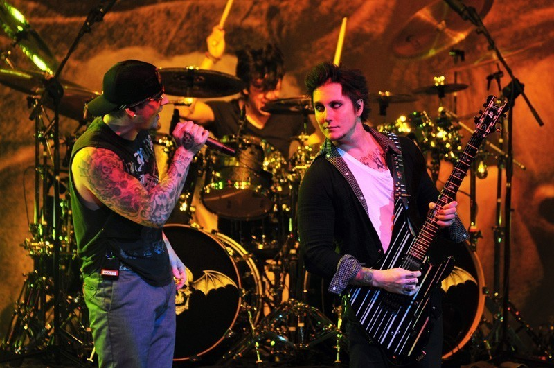 BSW BlackMania I Avenged-Sevenfold-chile-2011-22