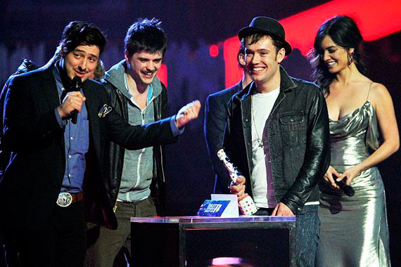 Mumford and Sons - Brit Awards 2013