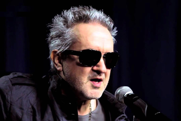 Wayne Hussey: la voz de The Mission vuelve a Chile en solitario